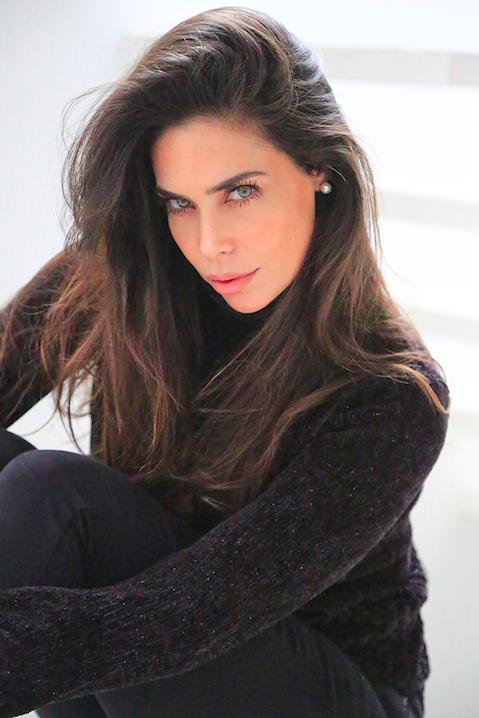 SABRINA RAVELLI (Argentina)